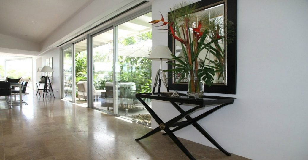 4 Unique and Innovative Ways to Use Glass in Your Home