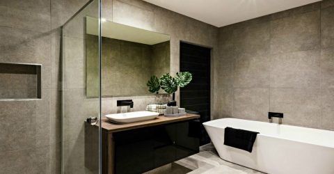 Top 5 Ways to Keep Your Glass Shower Doors Clean