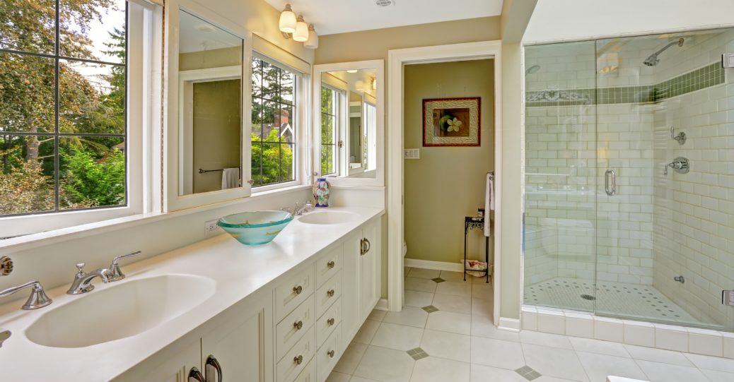 What are the Different Types of Glass Used For Shower Doors