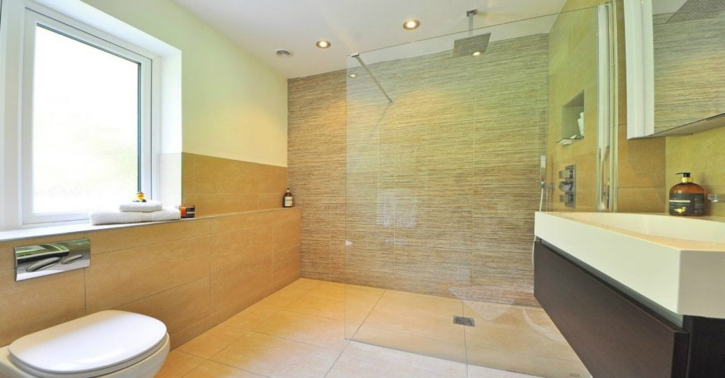 4 Questions To Help You Choose the Right Shower Door