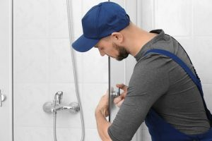 How-To-Tell-When-You-Need-A-Glass-Shower-Door-Replacement-Body