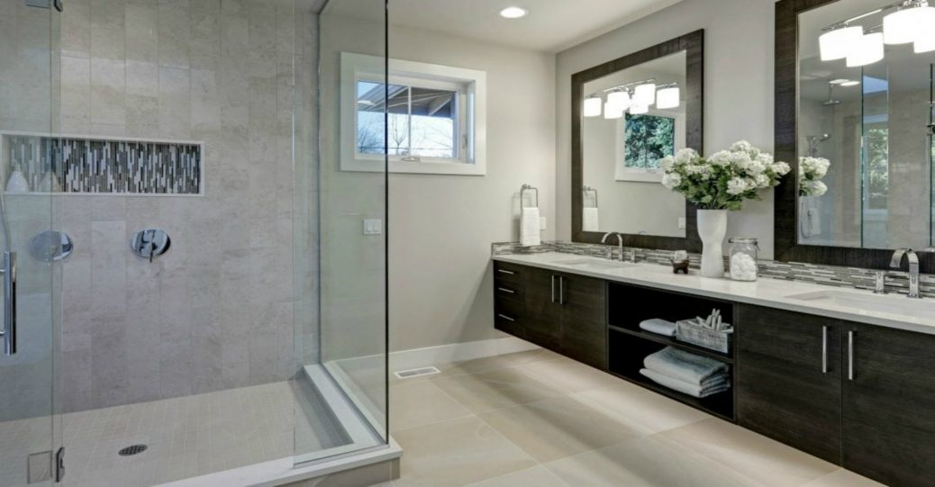 How to Tell When You Need a Glass Shower Door Replacement