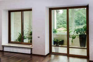 What's The Difference Between Framed and Unframed Glass Doors1