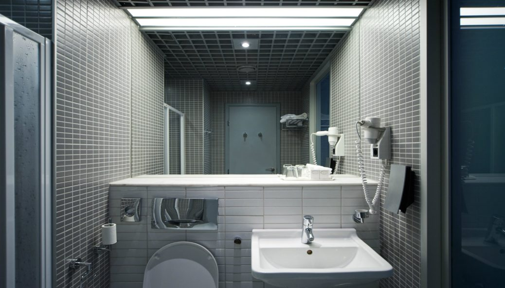 What Causes Dark Spots in Bathroom Mirrors and Can They Be Prevented