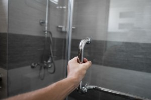 4 Ways to Restore a Discolored Glass Shower Door